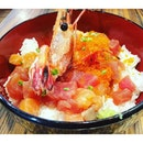 Sashimi Don  Fresh salmon, salmon roe, tuna and prawn that is delightfully chewy and appetizing.