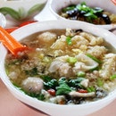 Ding Ji Mushroom Minced Meat Noodles If you're someone who love soup!