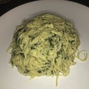 Day 8/15 meatless : Creamy spinach with garlic pasta - pasta is way over cooked #amayzing🍃 #meatlessmonday #burpple