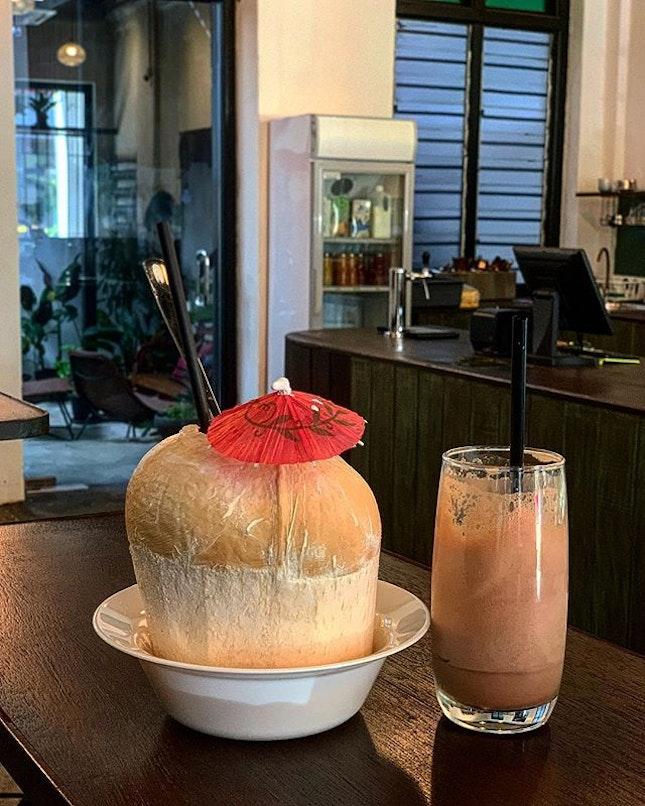 Cacao + coconut water: pretty interesting #Burpple #amayzing_pudu