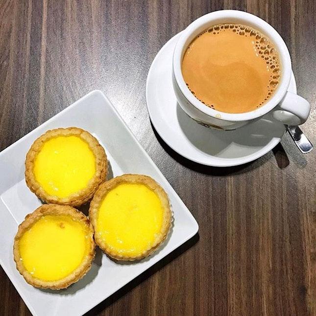 Egg Tarts x Yuan Yang    The ideal afternoon perk-me-up 😌 .