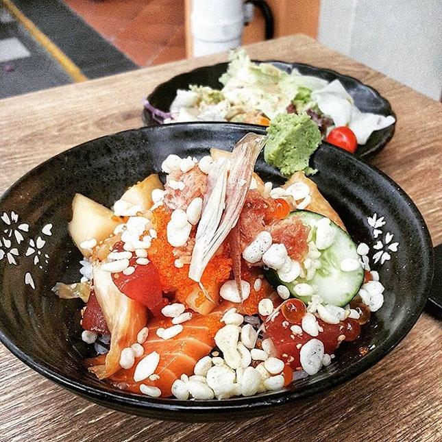 Pretty darn decent chirashi bowl.