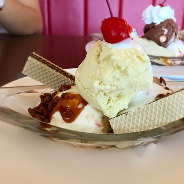 Lunch situation today: SWENSENS LUNCH DEAL!!