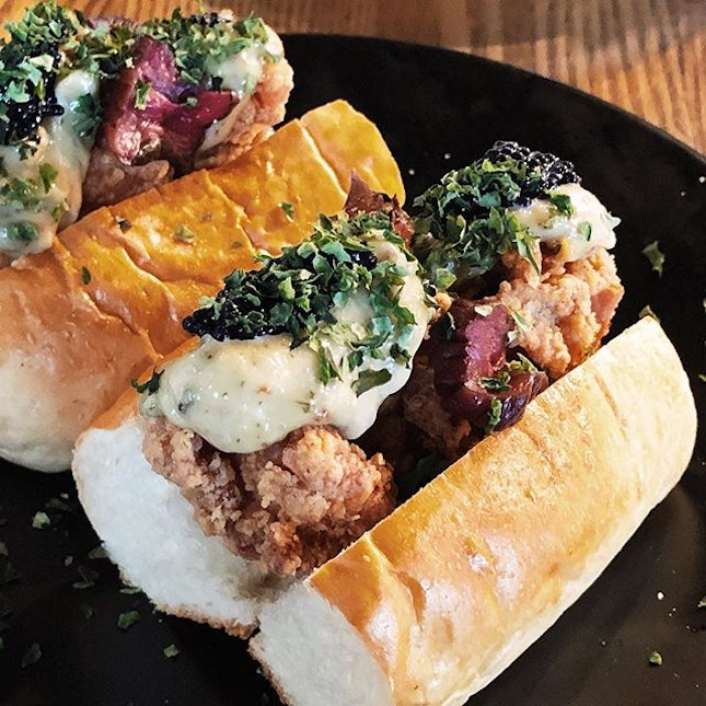 Fried chicken caviar roll - I must say I enjoyed this 'sandwich' very much, from the tasty and well fried chicken, to the super soft bun.