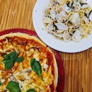 Funghi truffle pizza & Vongole (burpple beyond)