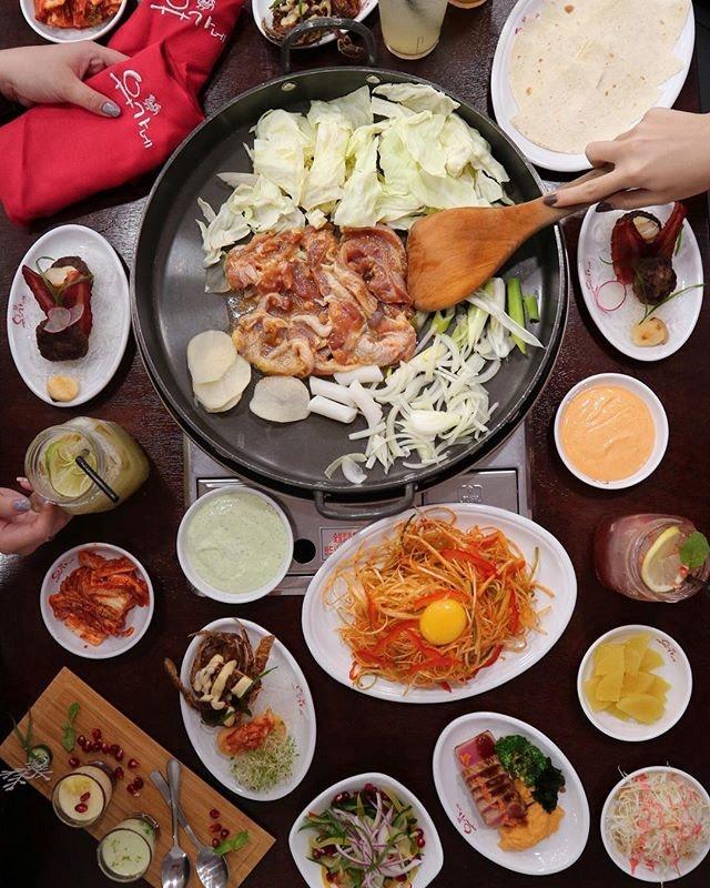 Yoo Eat & We Give!