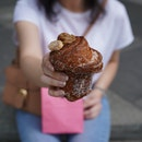 Tiramisu Cream Cruffin ($5.80)
