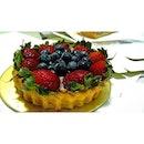 Amazing #fruittart by #lamandelight at #pasarbella ^^!