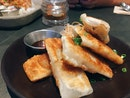 Pulled Chicken and Vegetables Gyoza