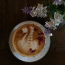 🌹☕️ #peekaboocoffee #roselatte #bukitjalil #cafehopmy #cafehopkl #cafehopping #cafehoppingmalaysia #eatnowkl #foodjournalists #ikutcarakita #burpple #burpplekl #malaysiancafes #foodie #chloegorgeouslife