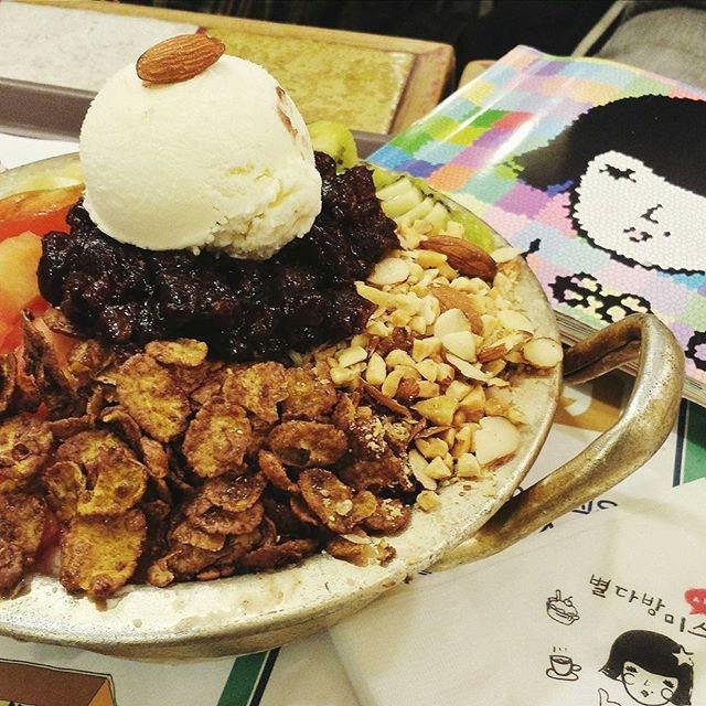 Miss Lee Cafe