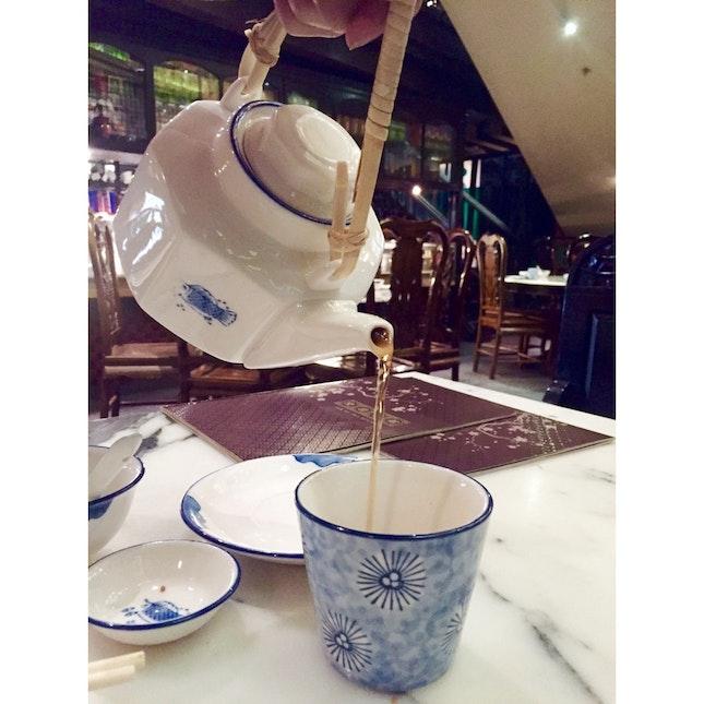 Chrysanthemum Pu Erh Tea (At A Fancy Place)