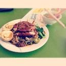 Quack hor fun- 🍲🐣 #breakfast #duck #burpple #foodporn #horfun #soup