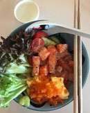 Salmon sashimi rice bowl (RM23) .