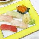 🍣🍶❤️ #sushihinata #saturyay #weekendfun