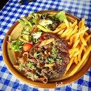Classic steak & fries .