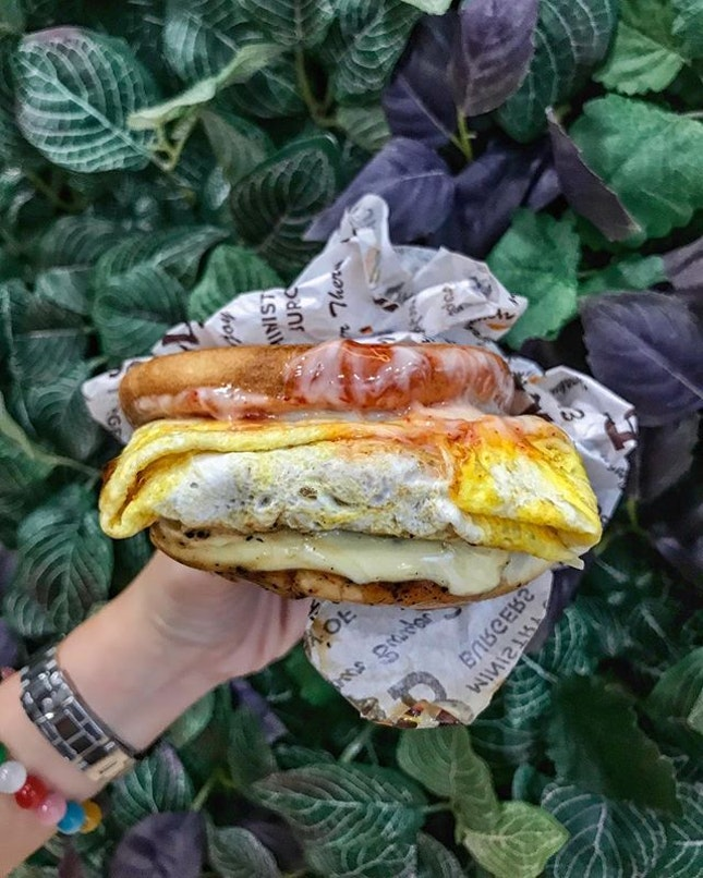 Newly opened at White Sands Shopping Centre, Ministry of Burgers aims to bring our favourite street burgers into the heartlands.