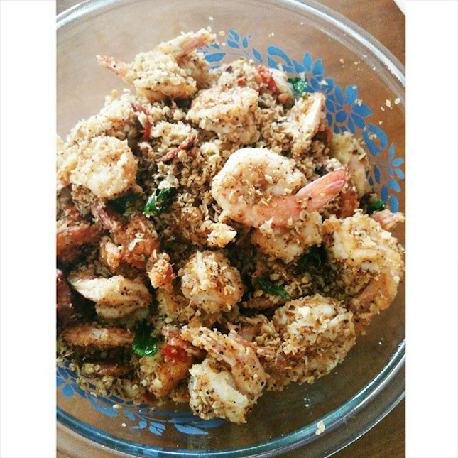 Special Garlic Cereal Butter Prawns for my little sister's birthday 😆😆😆 #burpple