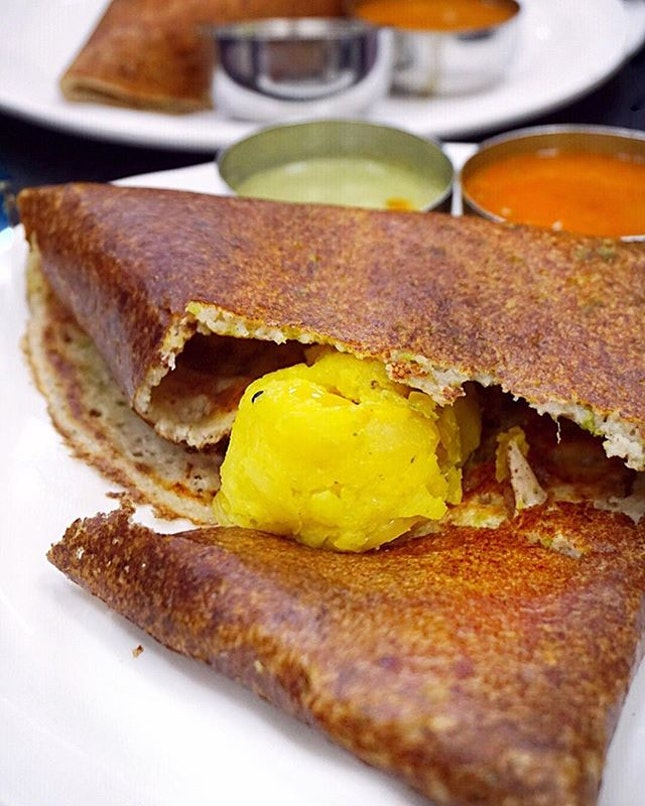 Masala Dosa ($6) Crispy & spongy all at the same time, this was heavenly stuffed with my favourite spiced potatoes and laced with buttery ghee.