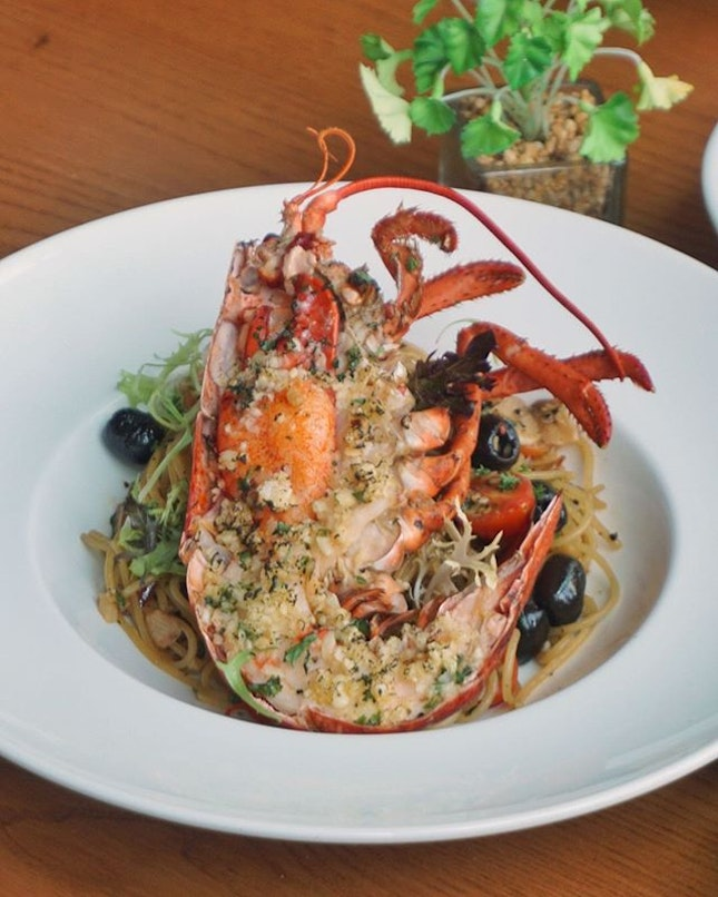 Lobster Aglio Oglio ($18.90) Gorgeous beauty available on @supplydemandorchard's executive lunch menu (limited portions daily).