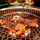 It's been a while since I had Korean BBQ, so on a recent get together with friends, it was mandatory to order Galbi Gui (Grilled Beef Rib).