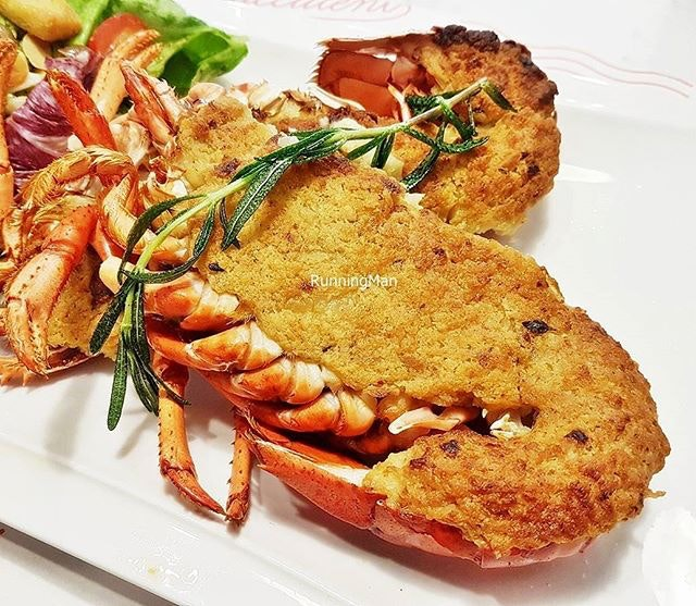 Lobster Thermidor (SGD $68) @ Pince & Pints.