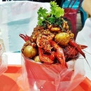The Incrawdibles With Old Bay Seasoning Boil (SGD $42 for 500g / $79 for 1kg) @ Cajun On Wheels.