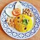 Pineapple Rice (SGD $6 / $10) @ Soi Thai Kitchen.