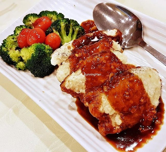 Pan-Fried Cod Fish Fillet With Soy Sauce (SGD $28) @ Tonny Restaurant.
