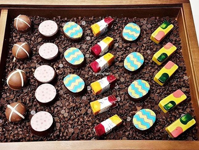 Gourmet Box Of Chocolates (SGD $ 80++ per pax buffet) @ Beach Road Kitchen.