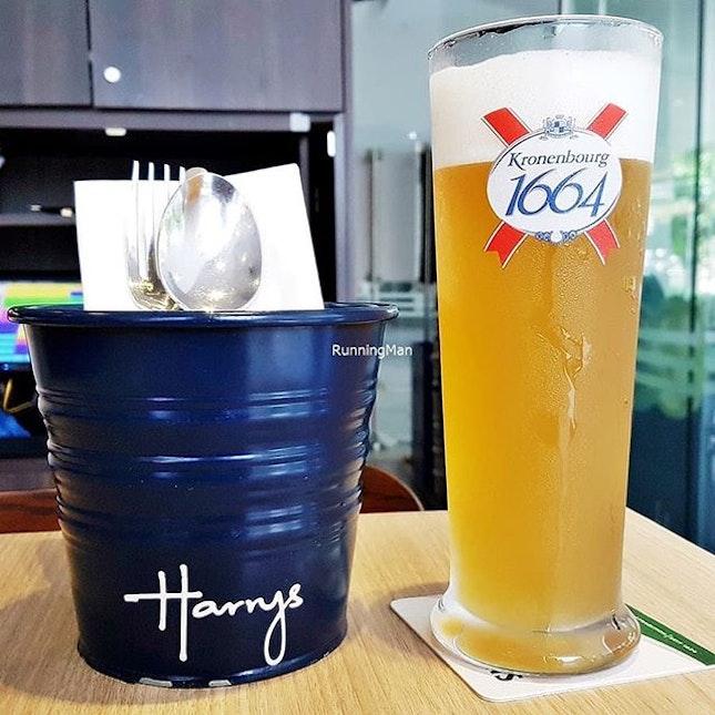 Beer Kronenbourg Blanc (SGD $12 / $15) @ Harry's.