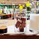 Frozen Hazelnut Chocolate Cube Latte (SGD $10) @ The Dark Gallery.