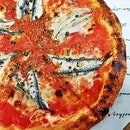 Romana - Fior Di Latte Mozzarella, Anchovies, Capers, Tomato, Oregano (SGD $29.95) @ Amò.