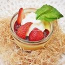 Strawberry Homemade Egg Pudding (SGD $6.80) @ Tamago-En.