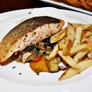 Grilled Salmon (SGD $24) @ Fountain Microbrewery.