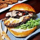 Fountain Signature Burger (SGD $24) @ Fountain Microbrewery.