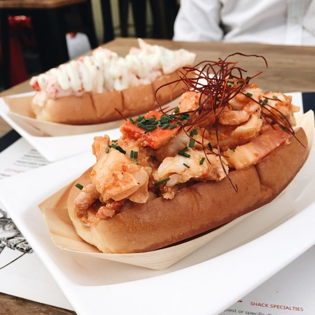 Finally satisfied my craving for lobster roll!!!