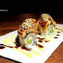 Unagi Maki ($17) is a good choice for sharing @ikura_sg.
