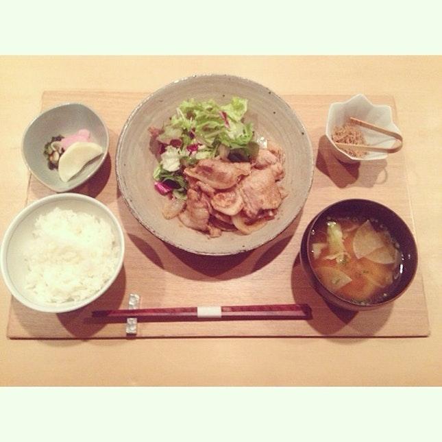 本日のランチ  #はねめし #lunch #生姜焼き #まいうー