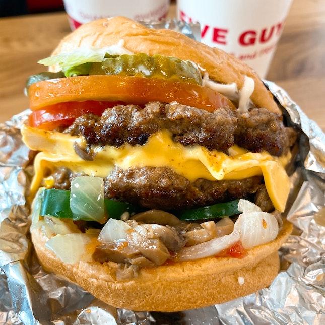 Cheeseburger (S$15)