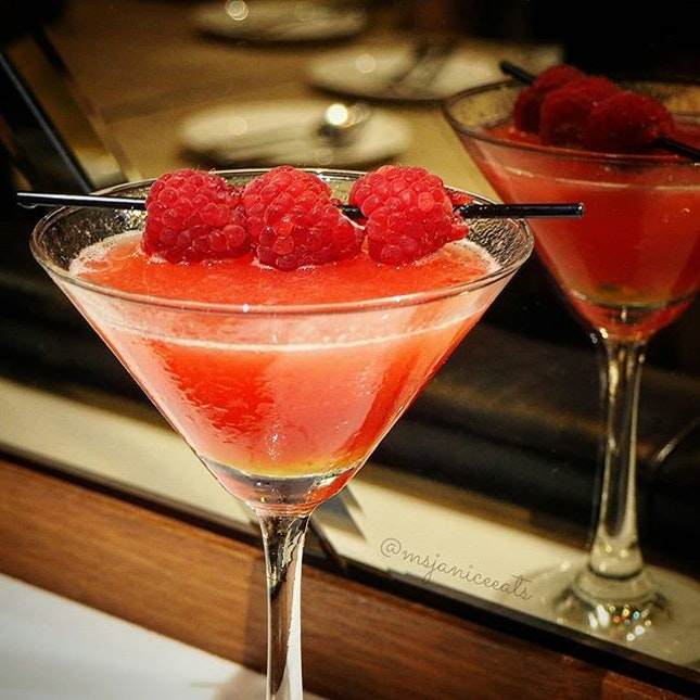 🍸 Raspberry and Passion Fruit Martini 🍸 Vodka | Raspberries | Framboise Liqueur | Passion Fruit | Apple Juice  Cheers!