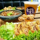🌟 Crispy Chicken with Mango Sauce   Green Tea 🌟  Somebody help me!