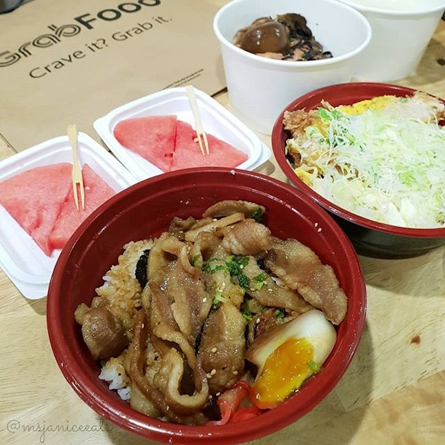 💚 [GRAB FOOD] Tampopo ~ Kurobuta Toro Yakiniku Jyu(S$24.40) 💚  I am thrilled to know that Tampopo, a Japanese restaurant that I frequent, has opened an outlet near my neighbourhood.