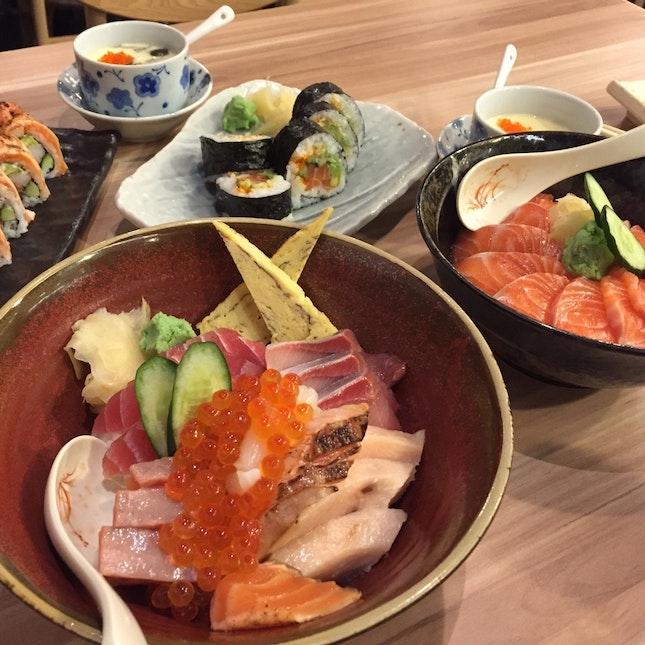 Chirashi Don / Salmon Don