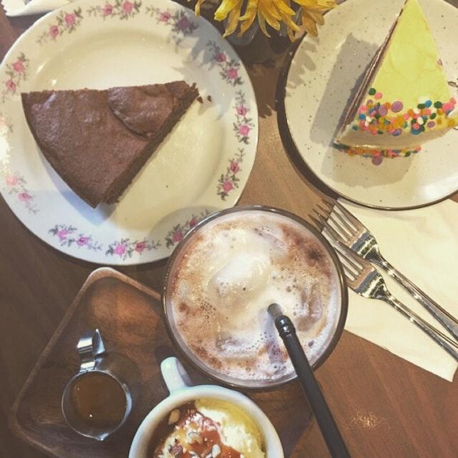 Cakes/Drinks