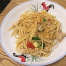 Seafood Aglio-olio ($18); Delicious pasta with plenty of crab meat and baby scallops.