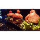 ॐ that cute Wagyu Mini Burger 😍  #badoksession #wagyuminiburger #campakbalengbuangkeblakang #supperwithruhssa #burpple