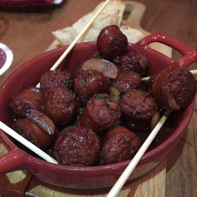 Chorizo Al Vino / 15bucks
