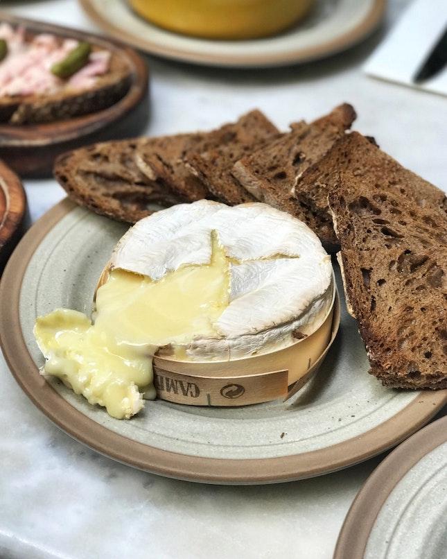 Baked Camembert | 22bucks