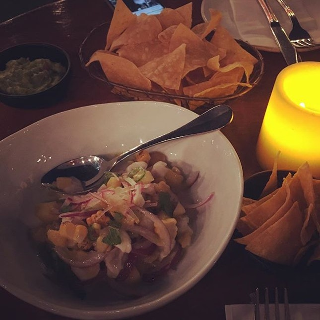 A meal to remember — Alfresco dining at Lucha Loco ✨ flavourful fresh ceviche with tortillas, tacos 🌮 are a must!